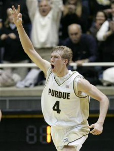 Robbie Hummel is trying to win his second title.