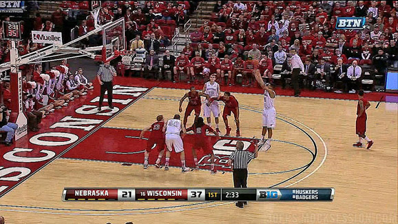 Wisconsin's Ryan Evans nails a jumpshot free throw