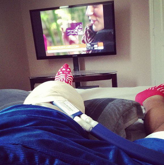 Just out of surgery, Ohio State's Antonio Underwood catches up on TV