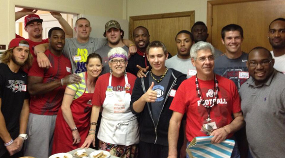 25 Buckeyes were on hand to pay forward at Manna Cafe