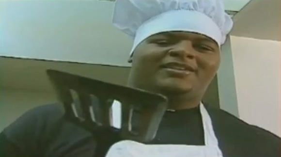 In this 1996 Heisman spot, Orlando Pace teaches us how to make pancakes.