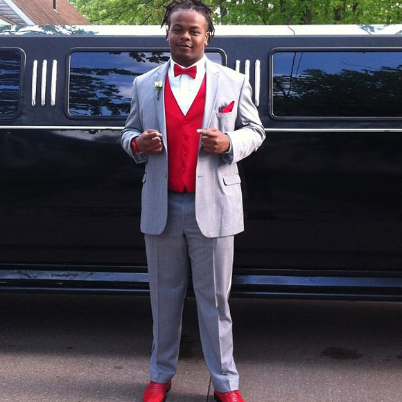 Tracy Sprinkle's choice of prom attire is amazing.