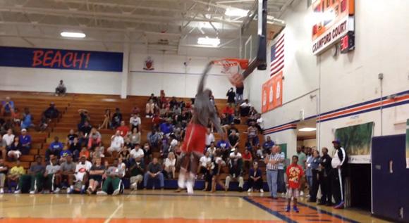 Future Buckeye Kameron Williams can dunk a little