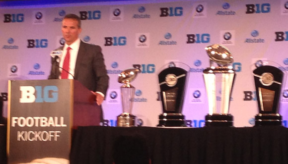 1,000 eyeballs were focused on Urban Meyer.