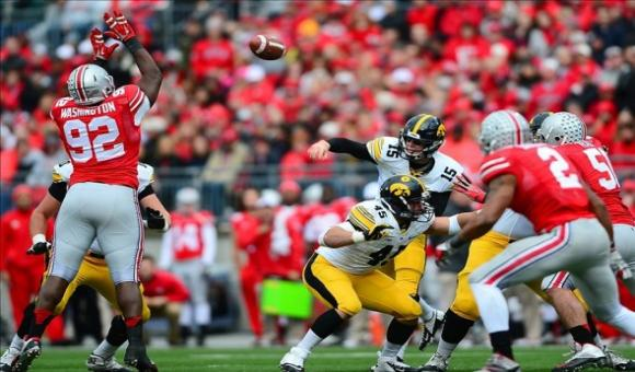With an extra week to prepare, Iowa started fast against the Buckeyes.