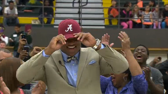 Da'Shawn Hand is rolling with the Tide.