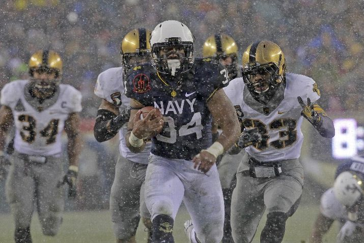 Noah Copeland runs for a touchdown against Army.