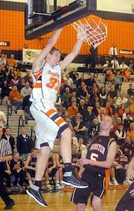 Not just a jump shooter, Ahrens can finish above the rim.