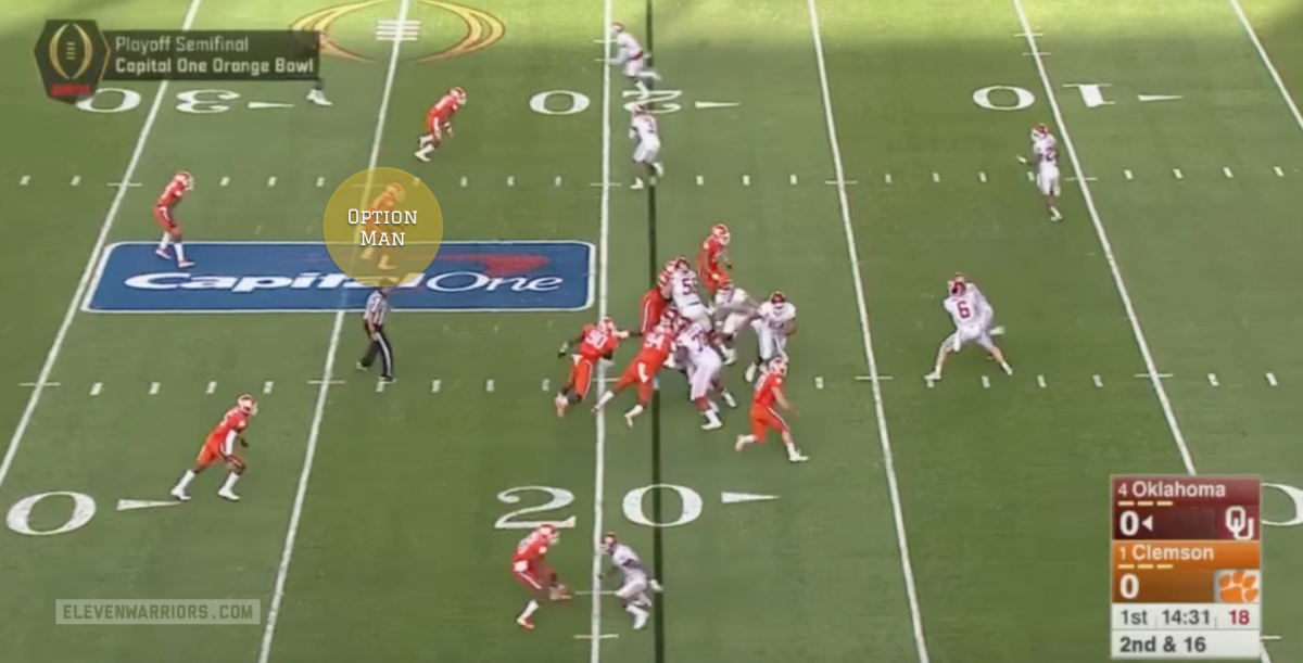 The linebacker follows Mixon to the flat