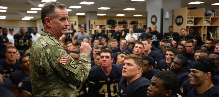 U.S. Army major general Walter Piatt speaks to the Black Knights after their win over Buffalo.