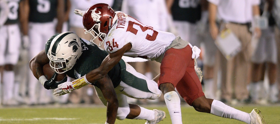 Washington State defensive back Jalen Thompson makes a tackle in the Holiday Bowl.
