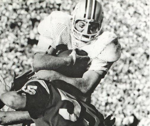 Jim Otis scores in the Rose Bowl