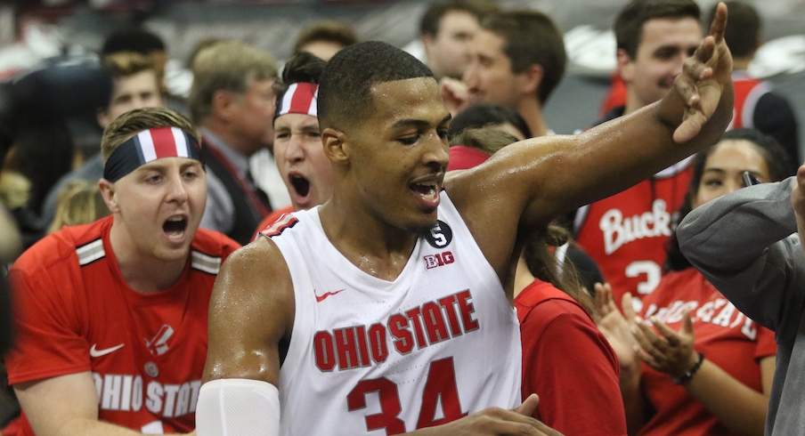 Ohio State Rises To No. 3 in Associated Press Top-25 Poll After Beating North Carolina, Penn State