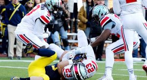 tyvis powell seals the victory in ann arbor
