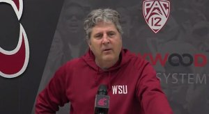Mike Leach sucks.