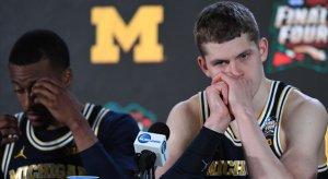Mo Wagner, crying