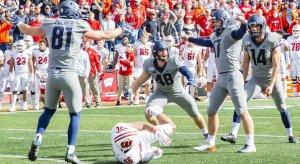 Illinois celebrates its game-winning field goal.