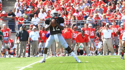 Cardale Jones 14 of 31 passes for 126 yards