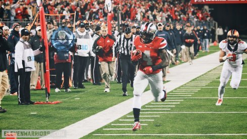 Curtis Samuel scores a touchdown for Ohio State.