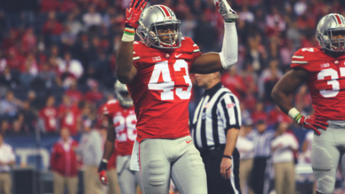 Darron Lee, the #manimal, showed up large for Ohio State once again.