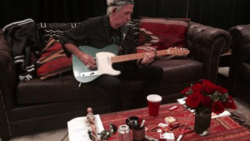 Keith Richards does not give a damn about Ohio Stadium's tobacco ban.