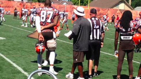 Pryor spotting a wrapped hamstring at Browns practice today.