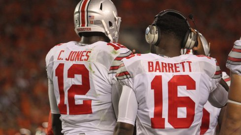 Is it time for Urban Meyer to pick between Cardale Jones and J.T. Barrett and stick with him at Ohio State?