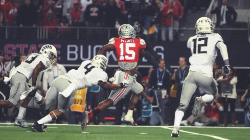 Zeke and 'the slobs' ran all over Oregon's three-man front