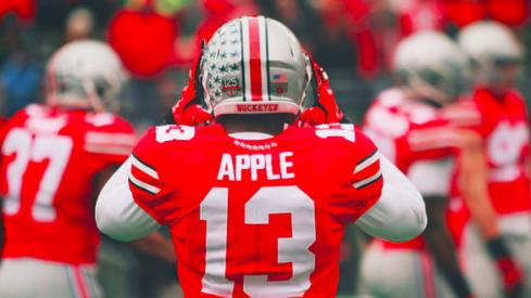 Eli Apple powers up