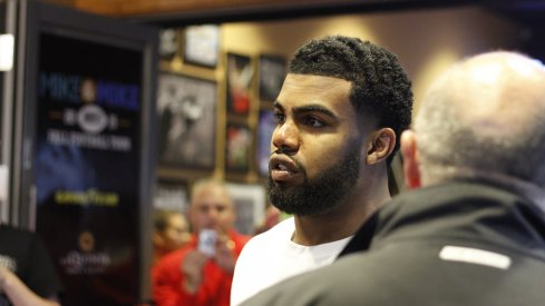 Ezekiel Elliott was cited for driving with a suspended license Sunday before the team left for Arizona.