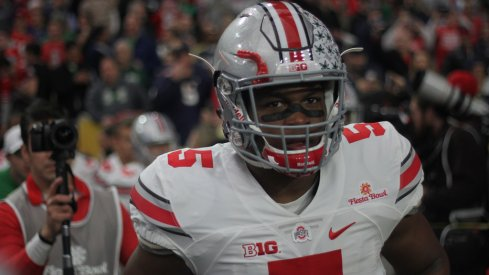 Raekwon McMillan takes the field against Notre Dame.