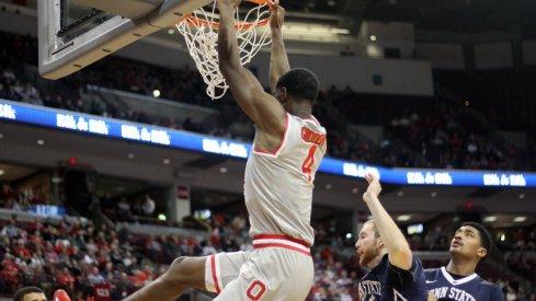 Daniel Giddens dunks as Ohio State beats Penn State.