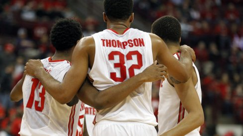 Ohio State huddles during its loss to Maryland.
