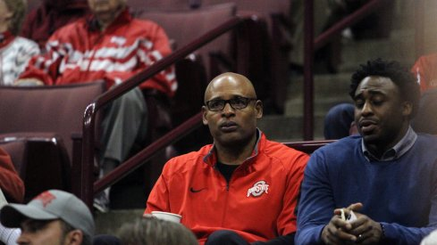 Is Clark Kellogg the next Buckeye to have his number raised to the rafters at Ohio State?