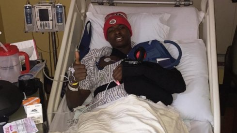 Jae'Sean Tate posts photo on Instagram following shoulder surgery.