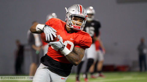 Mike Weber snags a pass during Ohio State's spring practice Tuesday.