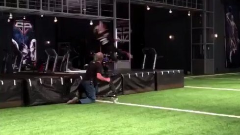 Mike Thomas makes ridiculous one handed catch.
