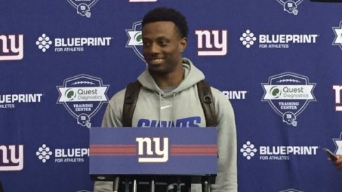 Eli Apple signed his first contract with the New York Giants Friday.