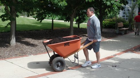 Greg Schiano brought the dirt for the May 20th 2016 Skull Session