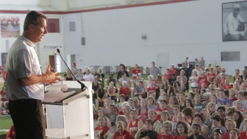 Urban Meyer addresses participants at Ohio State Football Women's Clinic