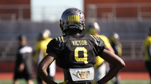 Binjimen Victor at a U.S. Army All-American Bowl practice