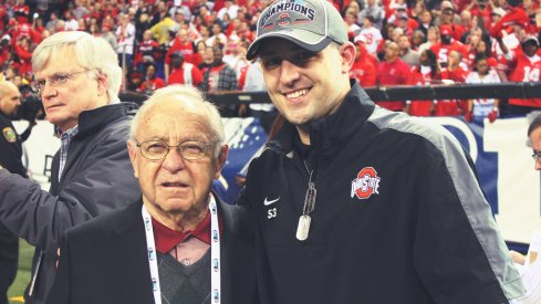 "Former Ohio State football coach Earle Bruce is set to dot the ""i"" in Script Ohio on Saturday."