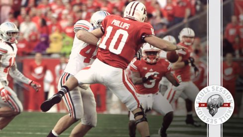 Zach Boren dumps Generic Wisconsin QB #10 to get to the October 13th 2016 Skull Session.