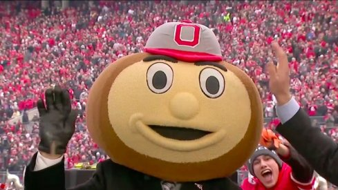 Lee Corso picks Ohio State to beat Michigan in Columbus.