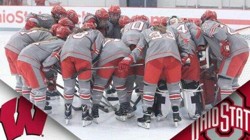 The Ohio State women's hockey Buckeyes prepare for their game.