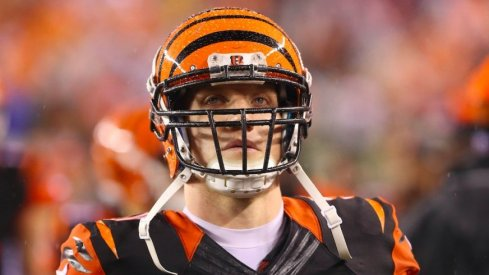 Former Ohio State great A.J. Hawk to retire.