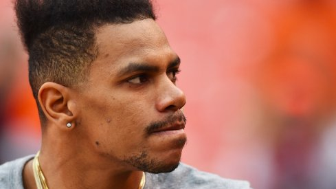 Terrelle Pryor turns down Browns offer.