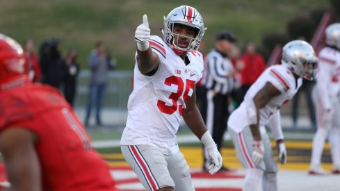 Chris Worley exhibits plenty of confidence when he talks about taking on a larger role in Ohio State's defense as the middle linebacker.