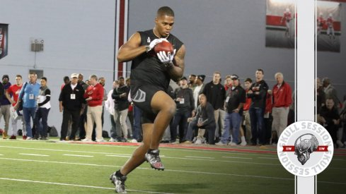 Raekwon McMillan catches a pass for the March 24th 2017 Skull Session