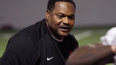 How Larry Johnson is stressing pass rush techniques with Dre'Mont Jones and the rest of his defensive linemen this spring.